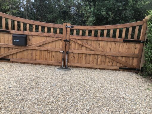 slatted bow top gates with letterbox - tarmec and croft fencign and gates 01787 224848