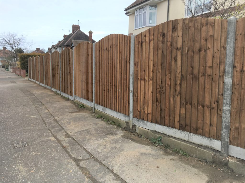 Arch Top Closeboard Panels Colchester Tarmec and Croft Fencing and Gates Ltd - 01787 224848