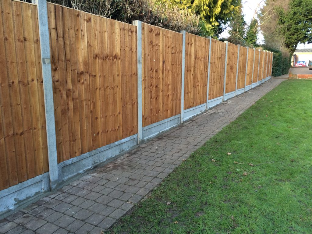 Rising Heavy Duty Closeboard Panels on Concrete Posts Taremc and Croft fencing and gates - Braintree - 01787224848
