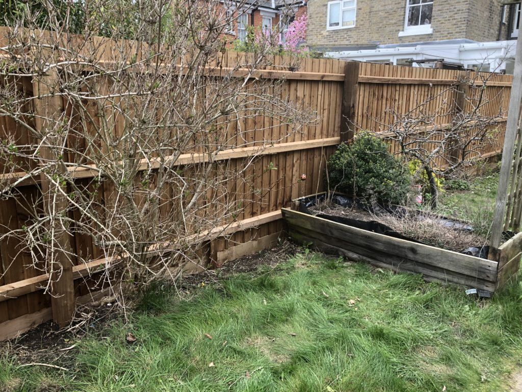 Running closeboard fencing - Colchester - Tarmec and croft fencing and gates - 01787 224848