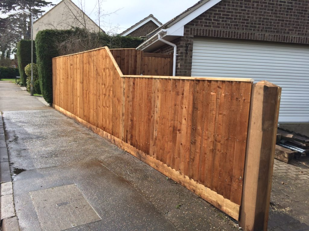 Stepped running closeboard fencing - Essex - Tarmec and croft fencing and gates 01787 224848