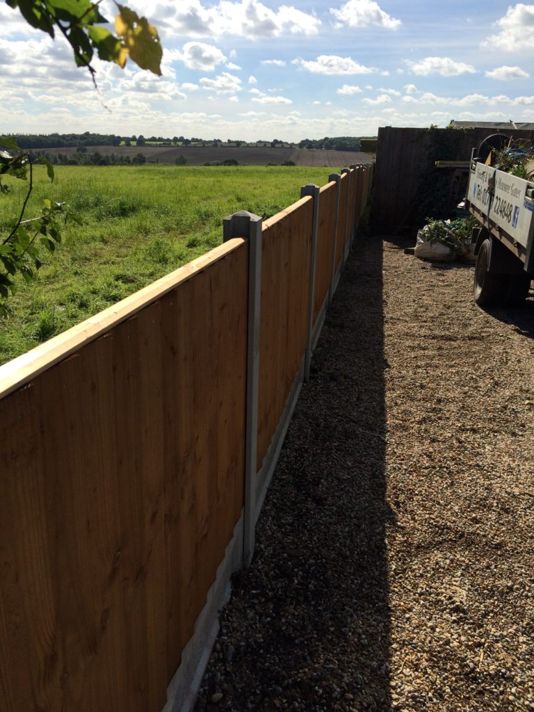 Straight Fence Run Heavy Duty Closeboard - Sudbury - Tarmec and Croft - 01787 224848