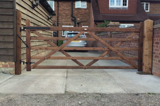 5 Bar Made to Measure Gate Tarmec and Croft fencing and gates 01787 224848