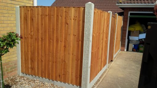 Concrete in use on fence panels - tarmec and croft fencing and gates ltd 01787 224848