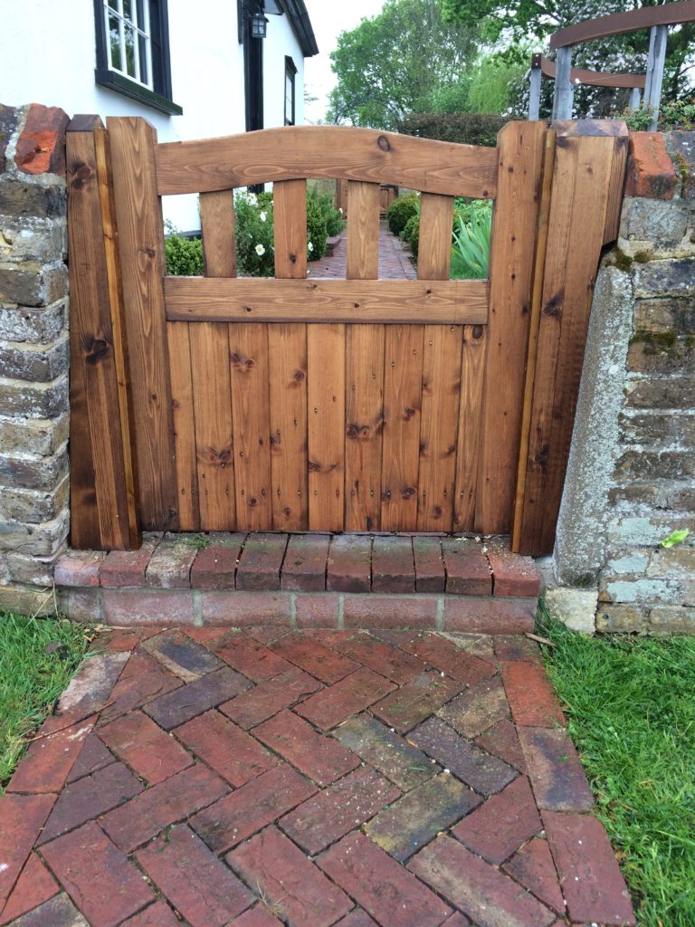 Small side Gate Colne Valley Tarmec and Croft fencing and gates 01787 224848