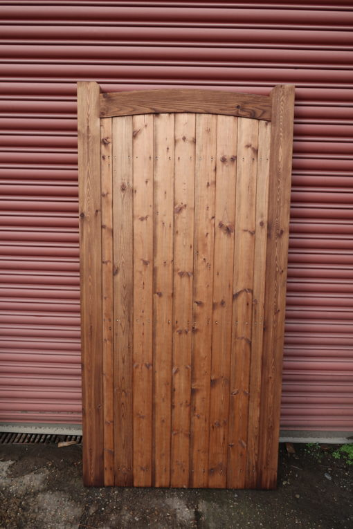sudbury arch top side gate tarmec and croft fencing and gates 01787 224848