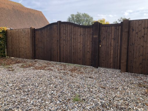 Essex Bow Top driveway gates with matching pedetrian gates and fencing Chelmsford Tarmec and Croft fencing and Gates Ltd