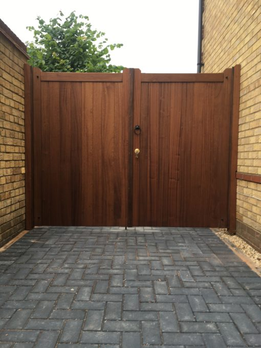 Hardwood Gates Straight Top Tarmec and Croft 01787 224848