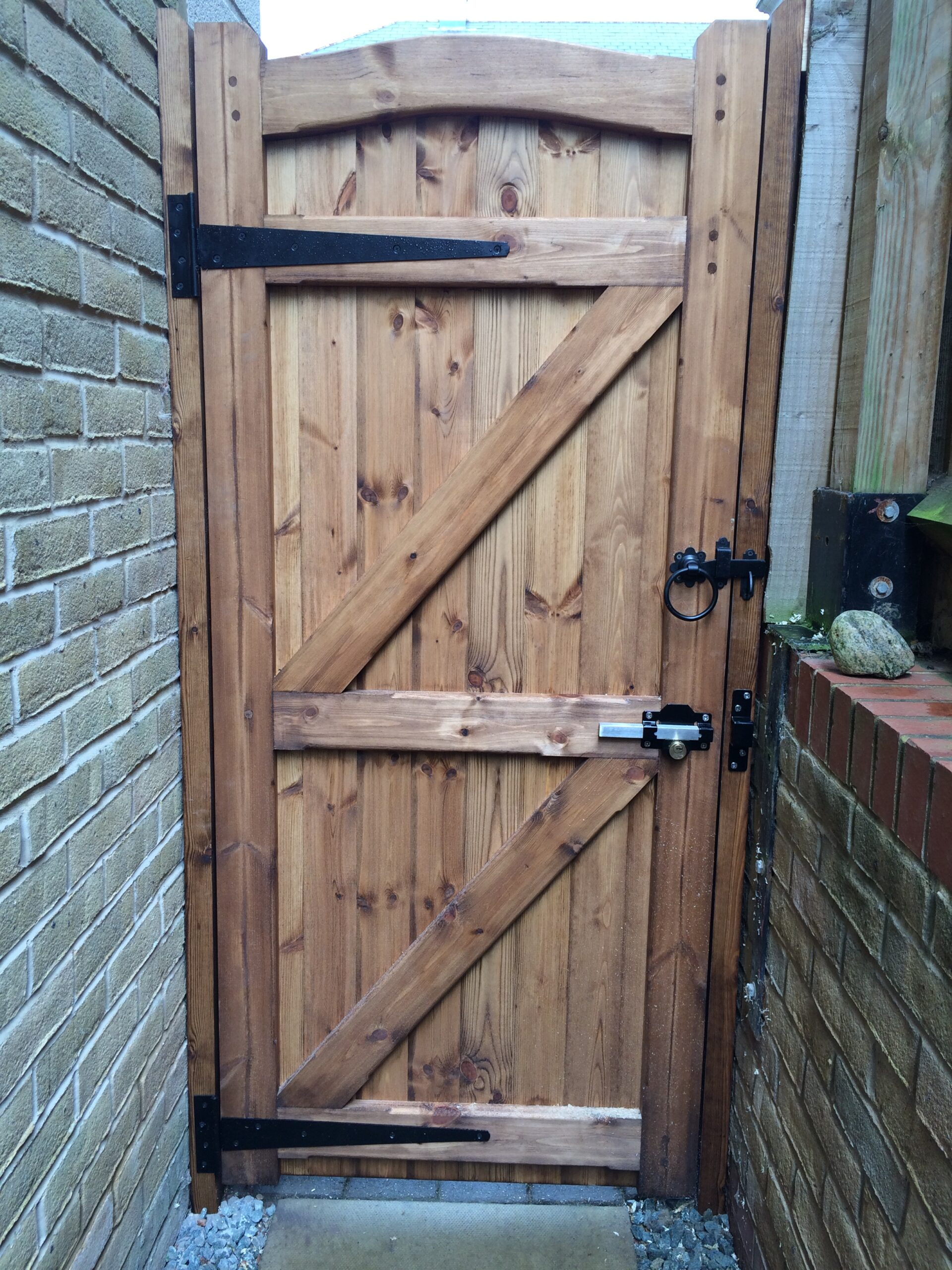 Side gate with hinges and Cays lock from the back Tarmec and Croft fencing and gates 01787 224848